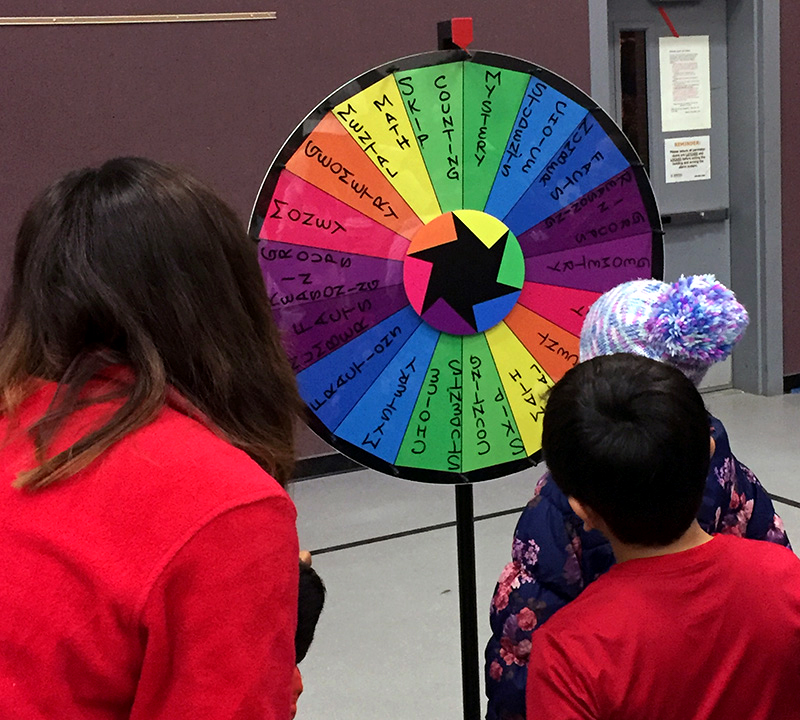 Redmond Elementary gymnasium plays host to Family Math Night