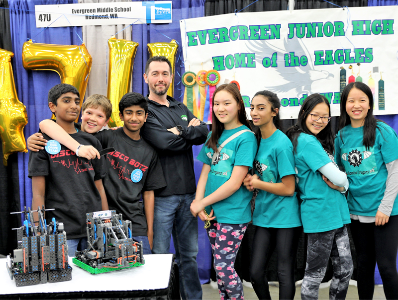 Robot happy dance – EMS students place sixth at robotics world championship