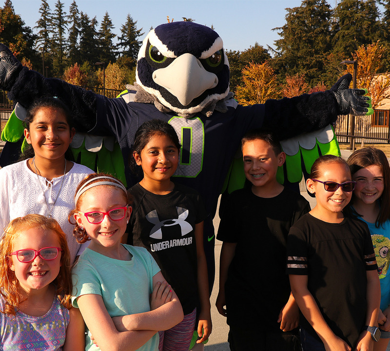 Back to school Blitz – Seahawks mascot and grant money presentation highlight back to school event